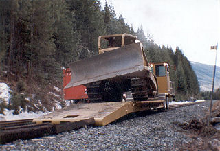 Low Bed Rail Equipment Mover